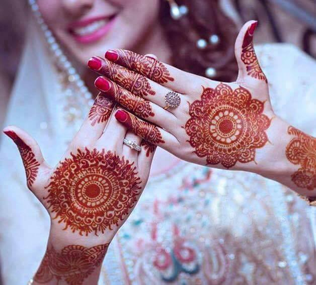 Latest-Mehndi-Designs-For-Eid-2018-Daytimes-16