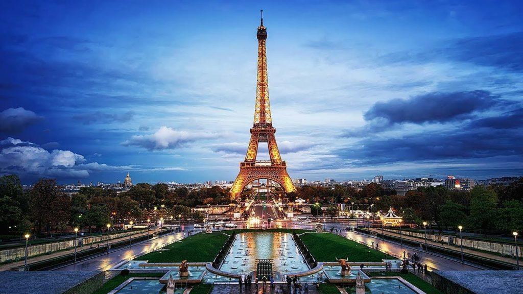 Eiffel Tower replica in Bahria Town