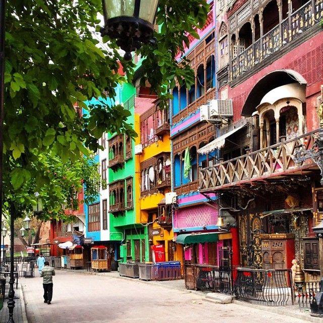 Fort Road Food Street Lahore